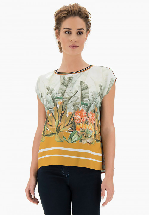 Garden patterned T-shirt