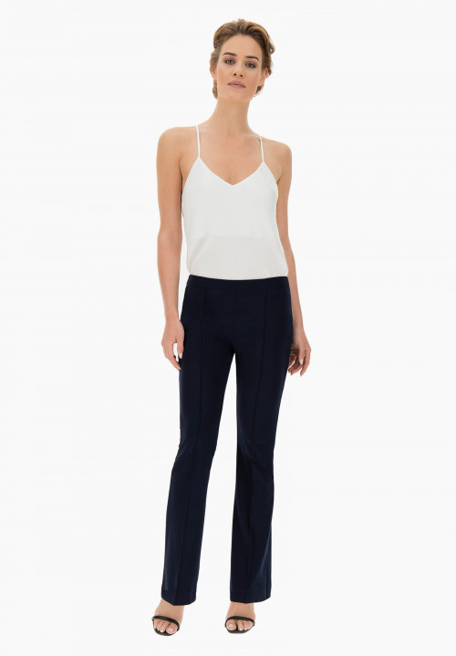 Magnolia trumpet-shaped trousers