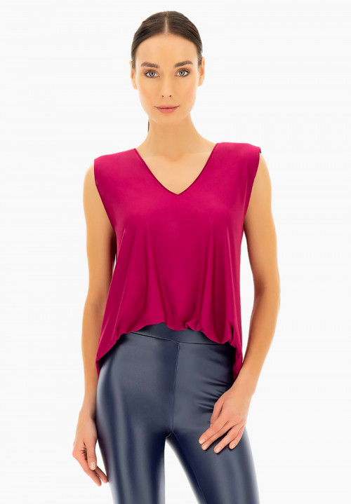 Silky touch padded shoulders t-shirt